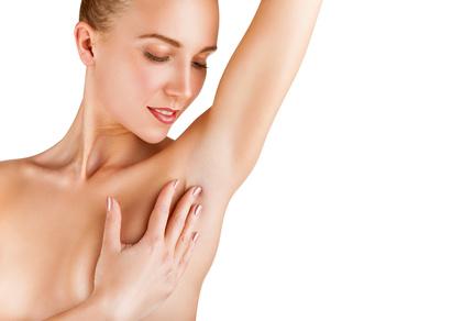 Dauerhafte Haarentfernung mit Laser für glatte Haut